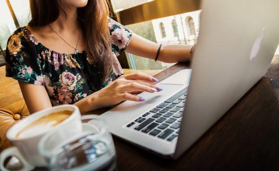Skorzystaj z oferty wirtualnej asystentki